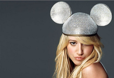 Ashley-Tisdale-Mickey