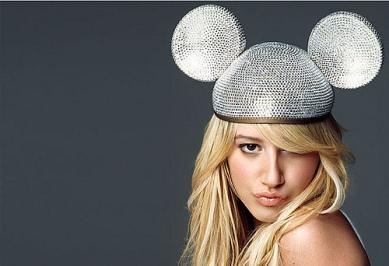 Ashley-Tisdale-Mickey