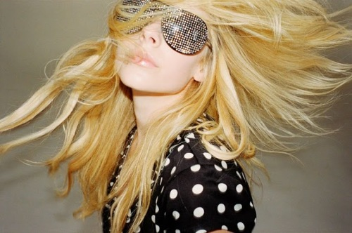 Avril_Lavigne_Nylon_Magazine_Photoshoot