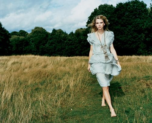Taylor Swift_Vanity Fair_photo by Frederike Helwig