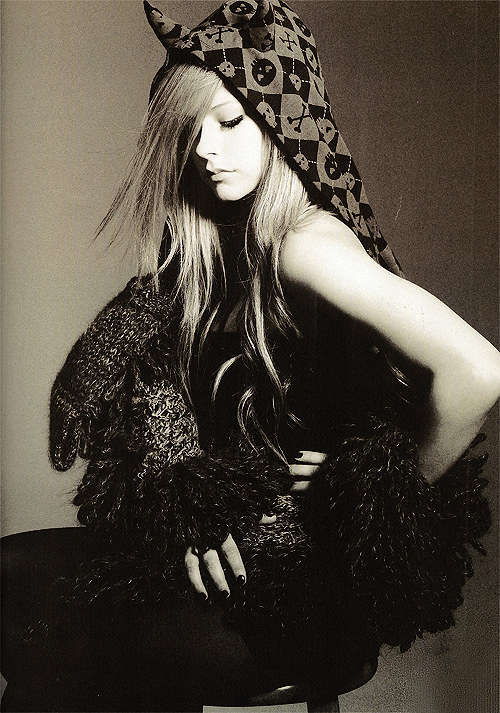 Avril+Lavigne+Z!NK+Magazine+Photoshoot+2009
