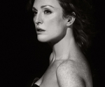 julianne moore b&w